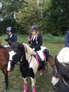 Катание на лошади дарит ощущение свободы и чувство полной раскованности