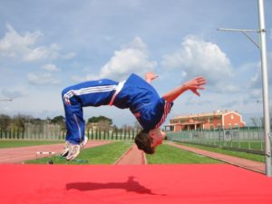 Спорт помогает выплеснуть накопившуюся за день энергию
