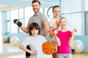 Один из способов увлечь ребенка спортивными тренировками – это заниматься вместе с ним