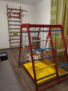 Автономный и пристенный набор тренажеров для детей