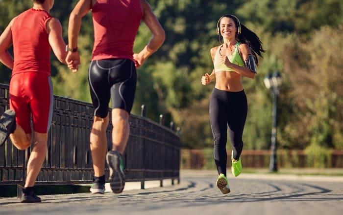 Люди на пробежке