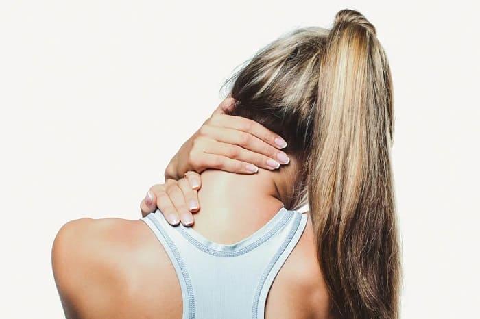 Регулярно разминайте шею, чтобы хорошо себя чувствовать