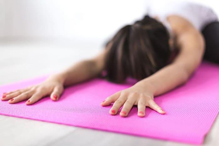 Растяжка поможет улучшить настроение и снять стресс